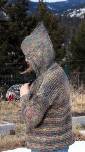 mama_loves_knitting_sweater_complete_hood_again
